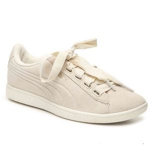 Puma Off White Vikky Sneakers